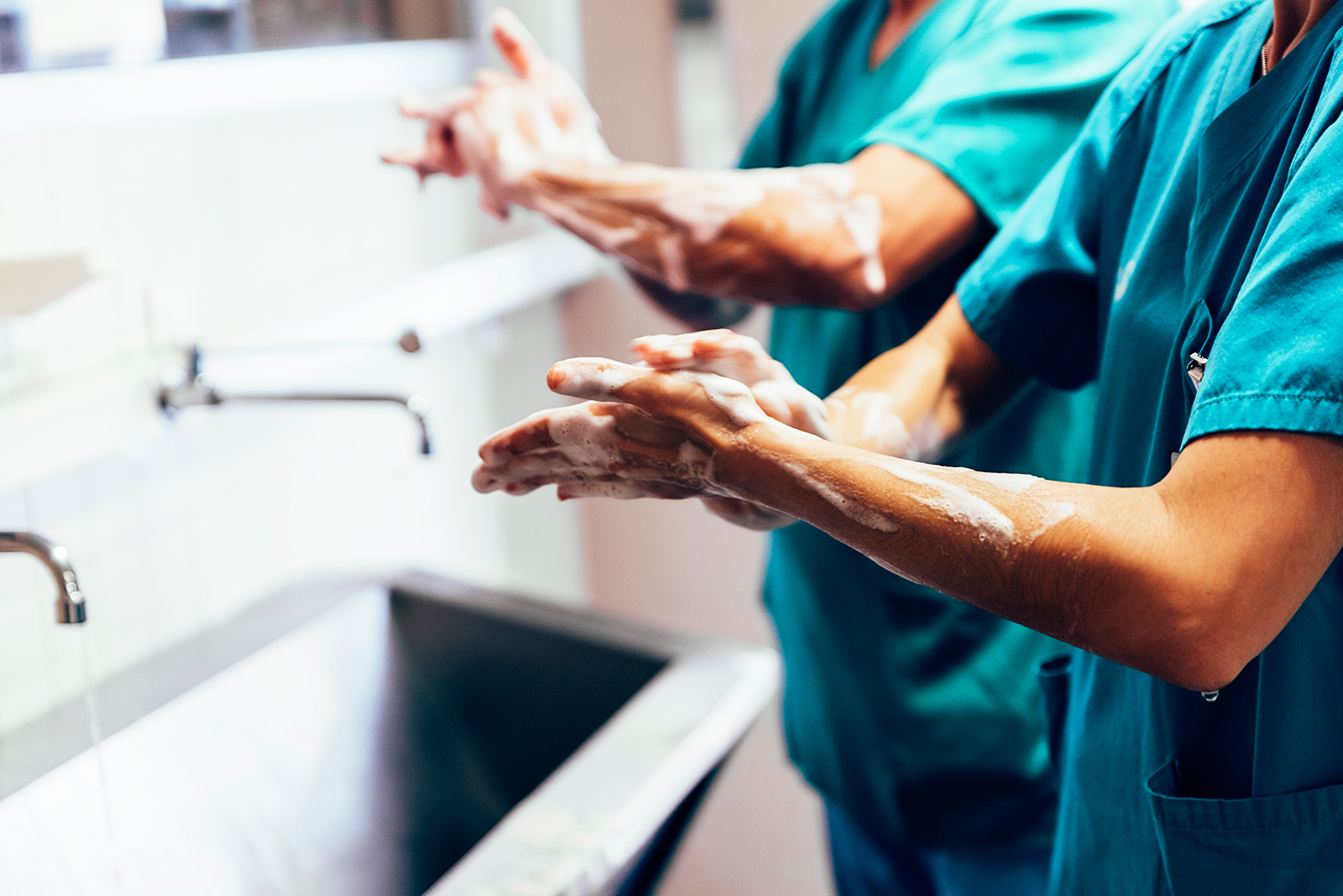 Surgeons Washing Hands Before Operating iStock 687758768